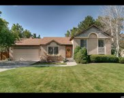 10338 S Wood Glen Cir, Sandy image