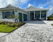 8362 Redonda Loop, Lakewood Ranch image