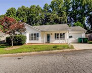 1466 Lewisburg Pointe Drive, Clemmons image