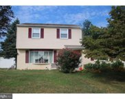 15 Maplewood Dr  Drive, Levittown image