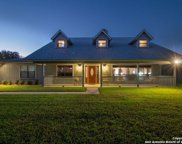 2042 Bentwood Dr, Floresville image