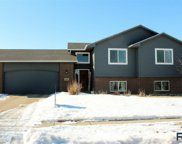 5628 W Mandy Ct, Sioux Falls image