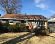 2904 South 10Th Avenue, Broadview image