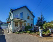 858 50th St Sw, Lincoln City image