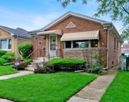 6112 North Kedvale Avenue, Chicago image