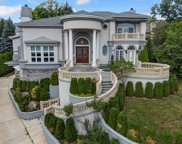 355 Flagg Court, Hinsdale image