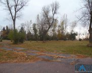 5201 E Knoll Dr, Sioux Falls image