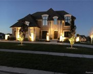 3917 Piccadilly Dr, Rochester Hills image