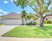 1010 Nw 190th Ave, Pembroke Pines image