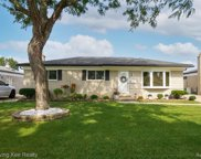 13359 Winona Dr, Sterling Heights image