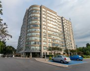 712 Rossland Rd Unit 813, Whitby image