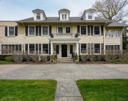 330 LINCOLN RD., Grosse Pointe image
