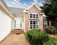 1046 Persimmon Dr, Spring Hill image