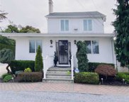 12 Lincoln  St, East Islip image