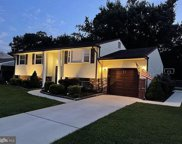 845 Lois Dr, Williamstown image