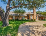 5528 Bentgreen Drive, Dallas image