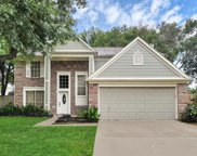 2720 Hot Springs Drive, Pearland image