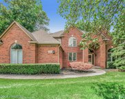 48583 Red Oak Dr, Shelby Twp image