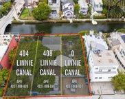 408     Linnie Canal, Venice image