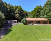 437 Paradise Valley Road, Creston image