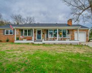 206 E Lake Ave, Celina image