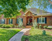 1022 Glen Day Drive, Clemmons image