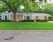 15525 Earlport Circle, Dallas image