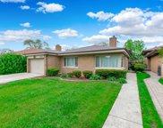 6651 N Kimball Avenue, Lincolnwood image