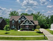 6920 Indian Bluffs  Circle, Hamilton Twp image