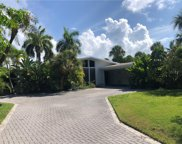 619 Buttonwood Drive, Longboat Key image