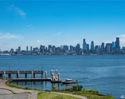 1639 Harbor Ave SW Unit 303, Seattle image