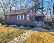 44 White Oak  Road, Woodbury image