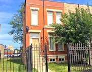 619 S Campbell Avenue, Chicago image