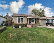 831 8th Ave, Redwood City image