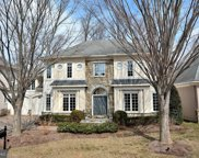 7438 Old Maple   Square, Mclean image