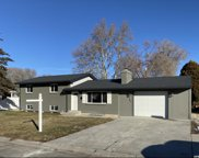 363 E Mountain View Dr, Sandy image