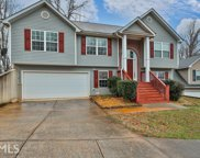4315 Round Stone Dr, Snellville image