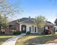 10672 Hillshire Ave, Baton Rouge image