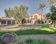 8389 N 58th Place, Paradise Valley image