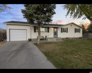 1553 E Huckleberry Cir, Sandy image