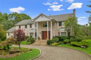 2178 Kirby Ln, Muttontown image