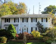 123 I U Willets Rd, Roslyn image