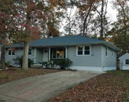 536 Ridgewood Dr, Northfield image