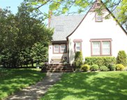 192 Lakeview Ave, Malverne image