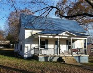 404 1st Street, Doniphan image