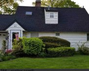23 Kingfisher  Road, Levittown image