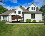 10285 Summerlin  Way, Fishers image