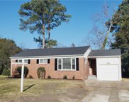 8421 Nathan Avenue, North Norfolk image
