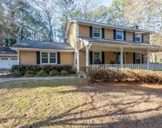2201 Valley Creek Circle, Snellville image