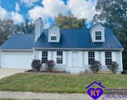 135 Wintergreen Drive, Radcliff image